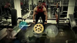 Back workout giant set. Try this exercise non stop..
