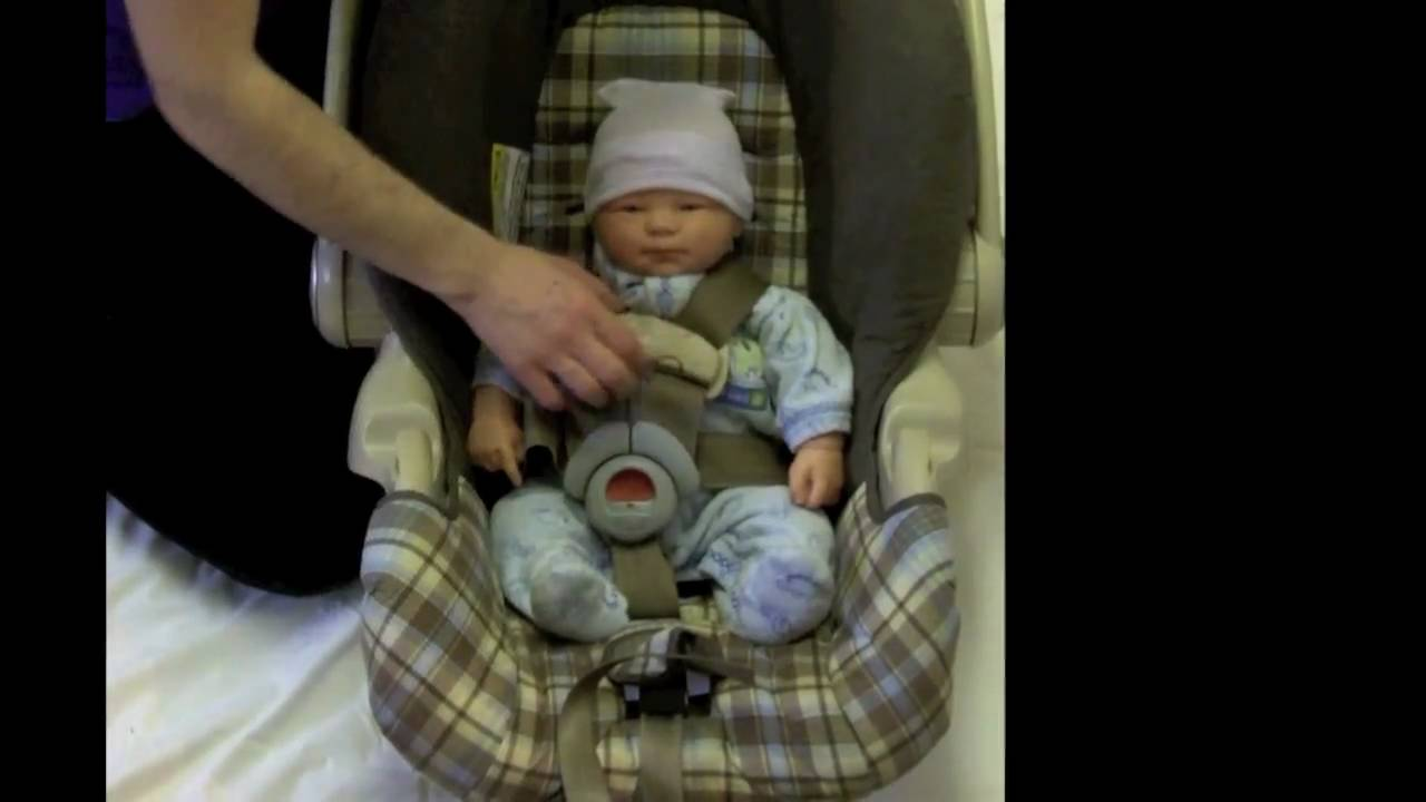 5 Point Harness Car Seat How To Buckle A Baby Into