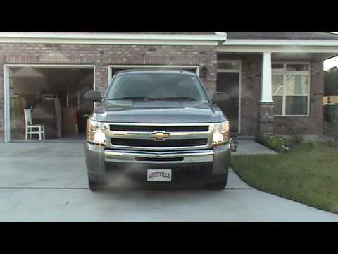 how to change headlight bulb 2009 silverado
