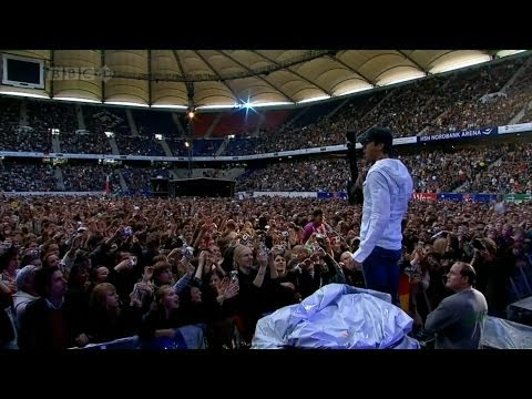Enrique Iglesias - Bailamos Live in Hamburg at Live Earth HD