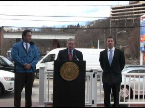 Senator Menendez Announces Plan  Help Ease Pain At The Pump