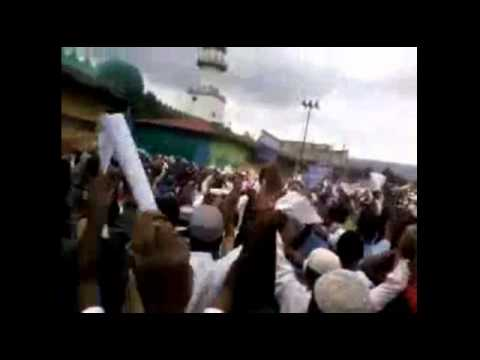 Sept. 28 2012 - Al jazeera English Report Ethiopian Muslims Peaceful protest for the1st time Allahu