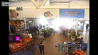 LiveLeak dot com 08b 1387850867 VideoReleasedShowingCarCrash