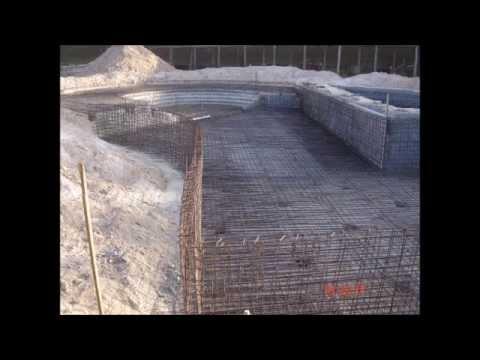 Montado ferragem malha dupla em piscina de concreto armado - Cemento para piscinas ...