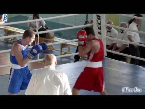 Турнир по боксу 69 кг  Погосян Тарон (Чита) — Колесник Александр (Владивосток)