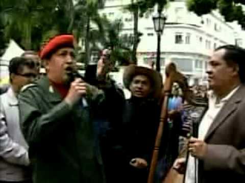 Chávez canta música llanera
