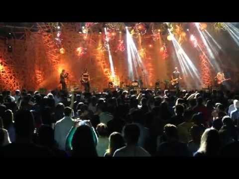 """The Digital Age - Live In Brazil - """"Glow"""" - Ao Vivo No Brasil"""