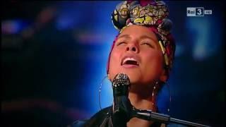 """Alicia Keys - """"Hallelujah"""" - Che tempo che fa 12/06/2016"""