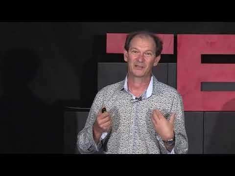 Waiter, there is a gene in my soup! | Jimmy Botella | TEDxUQ