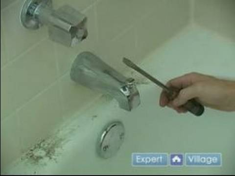 How to Fix a Leaky Bathtub Faucet : Removing the Spout from a Leaky Bathtub Faucet