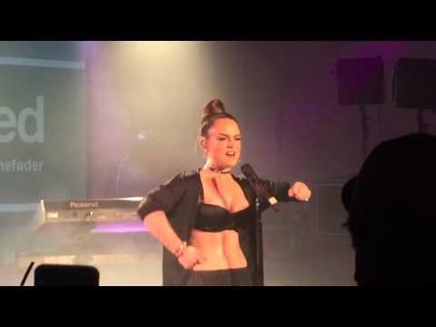 Jojo Love jo jo jo Performs ' When Love