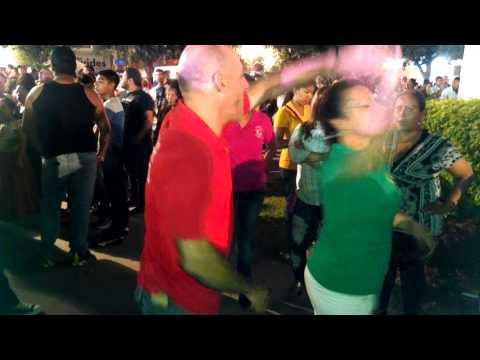 # 1,608 Plaza san Nicolás grito con Emilio navaira