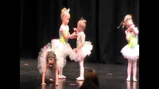 Raegan & Freya's ballerina recital fight