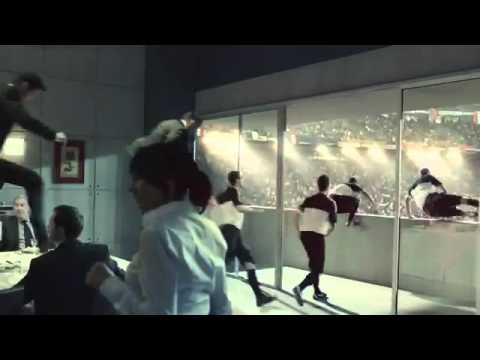 Nike – Iklan Lucu Sepak Bola.flv