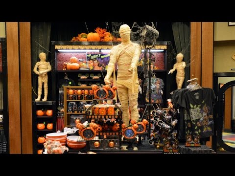 Villains in Vogue Tour with Halloween Merchandise & Decor, Mummies, Disney's Hollywood Studios