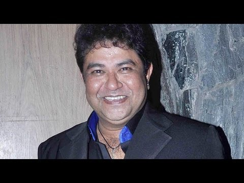 Watch Birthday Boy Ashiesh Roy Celebrates His Birthday With Celebrities