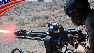 Door Gunner GAU-17 Minigun & GAU-21 .50 Cal Machine Gun Live Fire - ドアガンナーのGAU-17ミニガン&GAU-21重機関銃実弾射撃