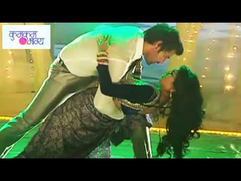 Abhi & Pragya's Romantic Dance In Zeetv Kumkum Bhagya 24th July 2014 Full Episode video
