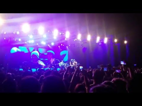 Enrique Iglesias Live in Colombo, Sri Lanka 2015 Stand by me