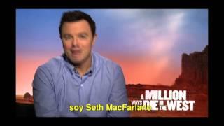 Seth MacFarlane invita a peruanos a ver Pueblo Chico Pistola Grande