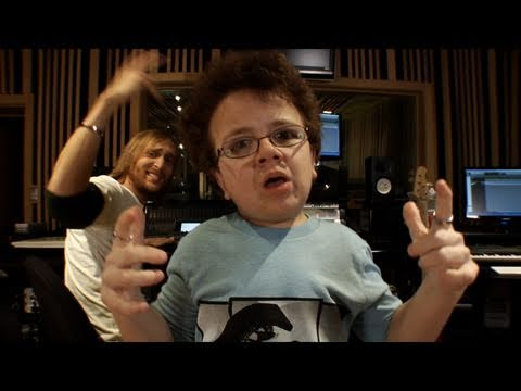 David Guetta Megamix (Keenan Cahill and David Guetta) klip izle