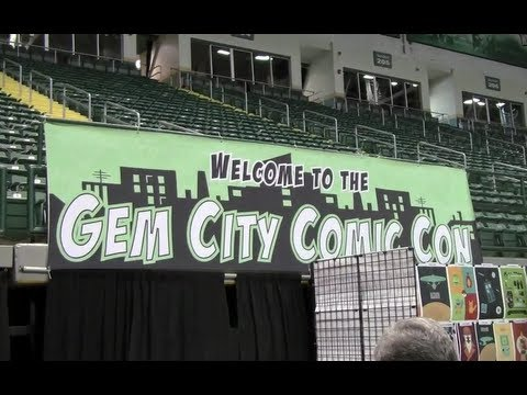 We attended the Gem City Comic Con 2013 at the Nutter Center in Dayton, Ohio! Had a blast can't wait till next year!