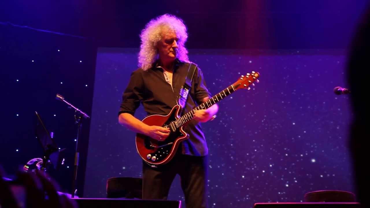 Brian May - Guitar Solo & Last Horizon (Live in Milan 2013 ...