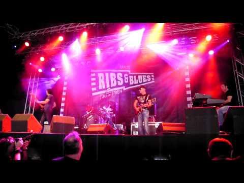 Jan Akkerman - Wheeling (Ribs&Blues Raalte 24.5.2010)