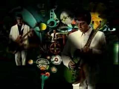 Oasis - Street Fighting