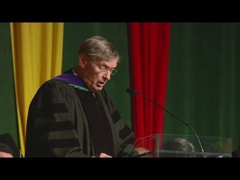 WEB EXTRA: MLB Commissioner Bud Selig gives SNC Commencement Address