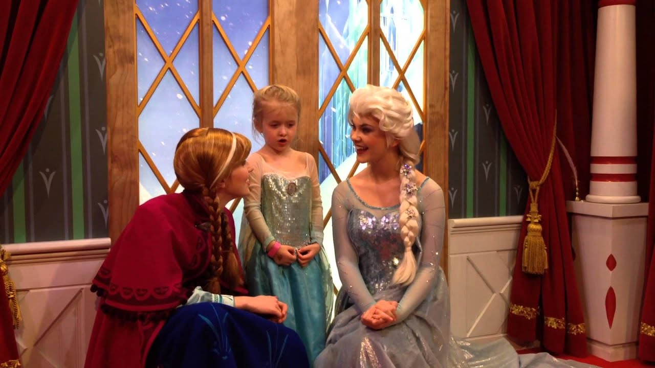 meet and greet with elsa and anna in epcot with a let it