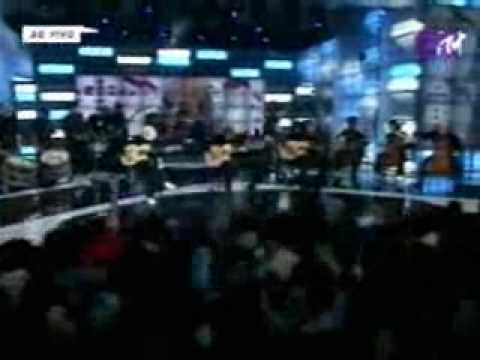 Sepultura - Kaiowas -LIVE at MTV Brazilian Awards 2004-