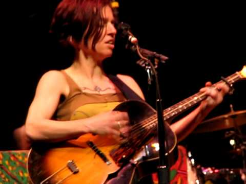 Which Side Are You On? -- Ani Difranco on Mountain Stage