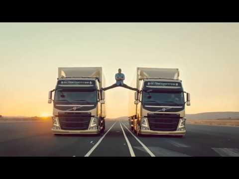 Epic Split - The Original - Jean-Claude Van Damme