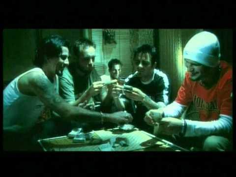 Hooligans - A Vér Nem Válik Vízzé (Official)