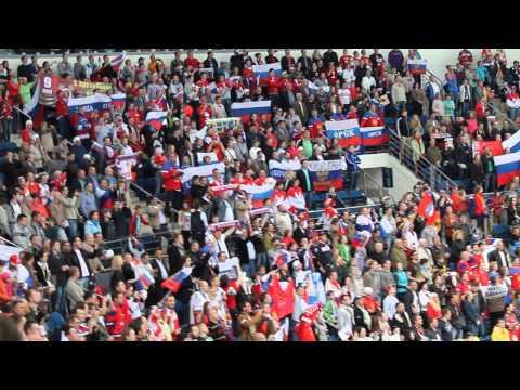 Исполнение гимна болельщиками сборной России после матча со Швейцарией