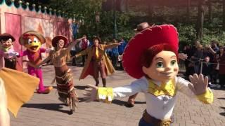 Disneyland Paris 25th anniversary cavalcade