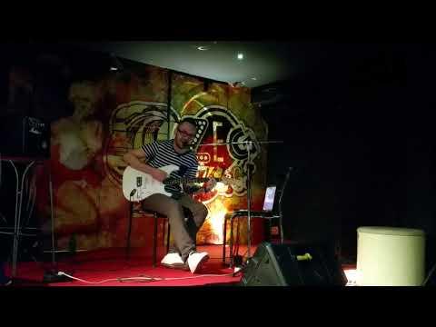 Paucsa Zsolt live in Zeg Zug (Budapest)