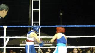 Daniel Arellanes vs. William Vazquez en Torneo de Box de Los Barrios Por Una Mejor Generación.MP4