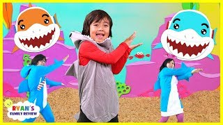 Baby Shark Dance Along with Ryan's Family Review! Fun Songs for Children Nursery Rhymes