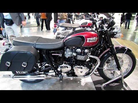 2014 Triumph Bonneville T100 Red Colour Walkaround - 2013 EICMA Milano Motorcycle Exhibition