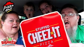 Pizza Hut || Stuffed Cheez-It Pizza || Bonus Drive Thru Review