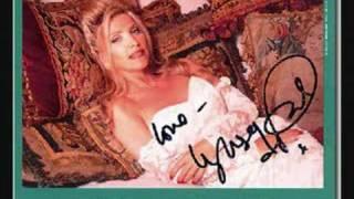Watch Lynsey De Paul Central Park Arrest video