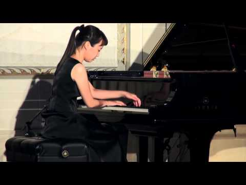 Ko Eun Yi Haydn Piano Sonata in Eb major Live at The Trust