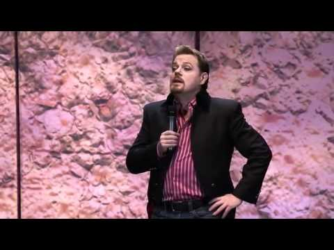 Eddie Izzard - Wikipedia and iTunes