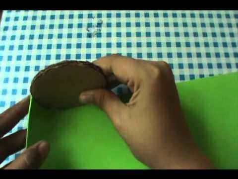 Manualidad:Como hacer un lapicero de fomi