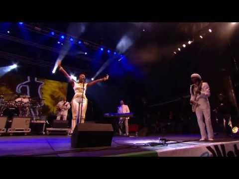 Nile Rodgers - Everybody Dance (feat. Chic) (Live @ Glastonbury, 2013)