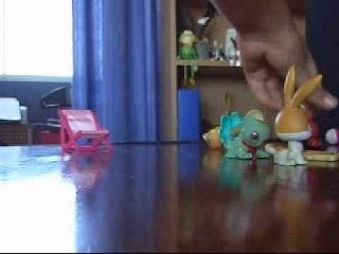 A weird, funny littlest pet shop video I made off the top of my head xD lol