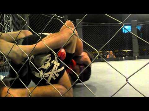 MMA NOCHE DE TITANES 2 - NICOLAS BARRIA vs NICOLAS GARCIA (CATAMARCA) ROUND 1