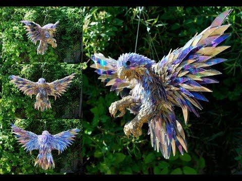 Animales hechos con trozos de CDs por Sean Avery